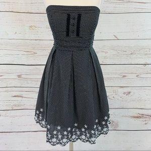 Speechless black white dot embroidery strapless
